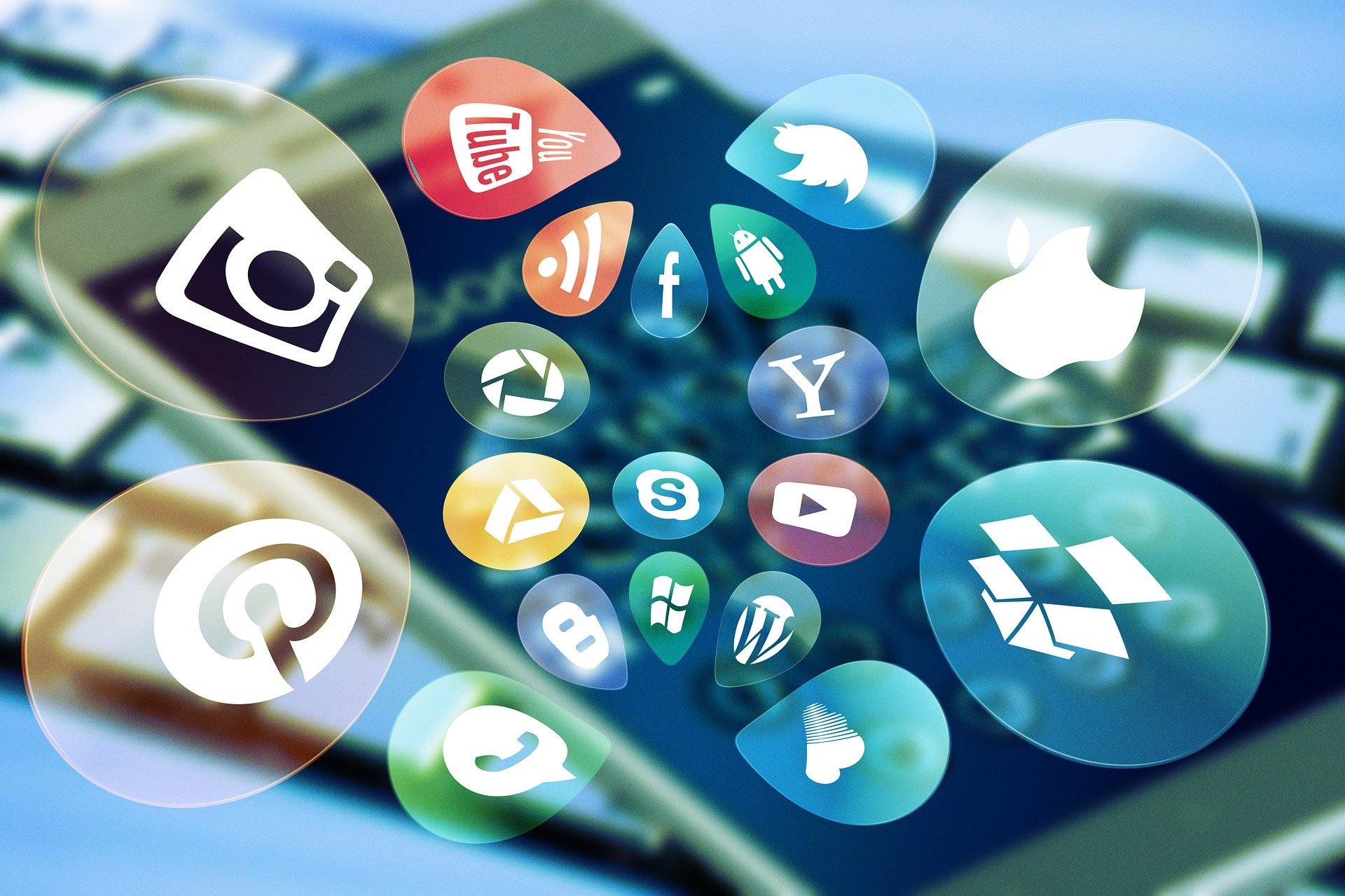 Social Media Monitoring – Spy on WhatsApp & Snapchat Remotely
