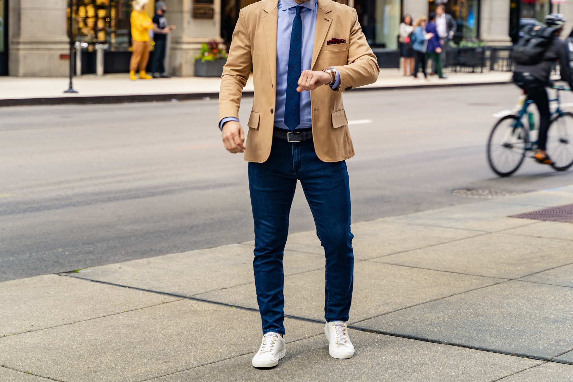 How to Wear a Blazer with Jeans for Cool & Professional Look